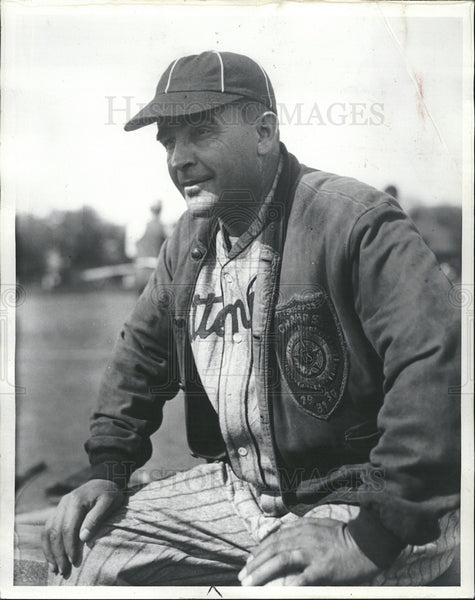 1935 Press Photo Freeman Edwards,Pittengen Past baseball manager - Historic Images