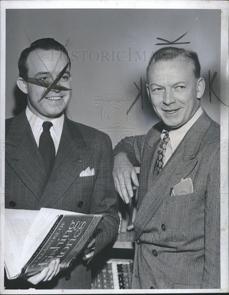 1948 Press Photo CBS Asst Director of Sports J.J Derr and Red Barber - Historic Images