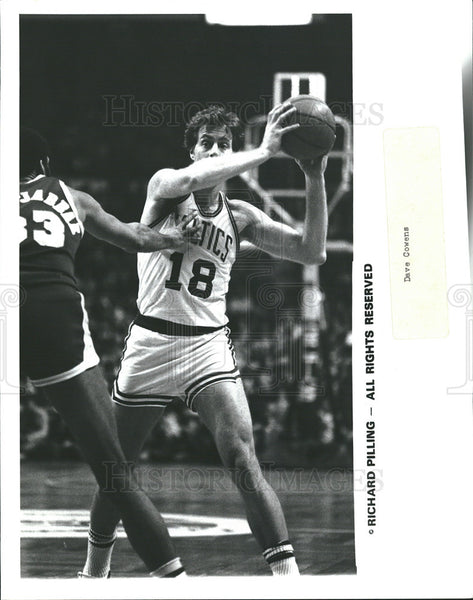 1969 Press Photo '69 Richard Pilling Celtics Playing Defense - Historic Images