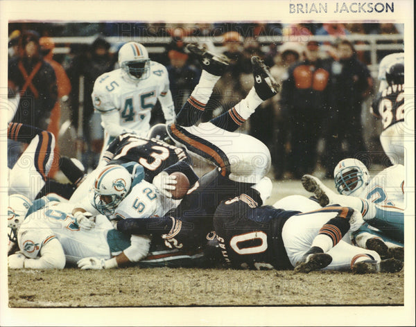 Undated Press Photo Miami Dolphins & Chicago Bears. - Historic Images