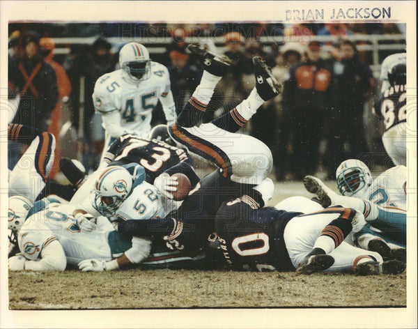 Undated Press Photo Chicago Bears and Miami Dolphins. - Historic Images
