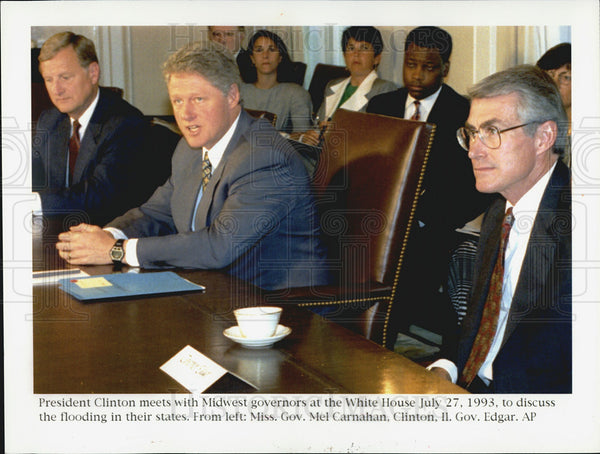 1993 Press Photo President Clinton meets with Midwest governors - Historic Images