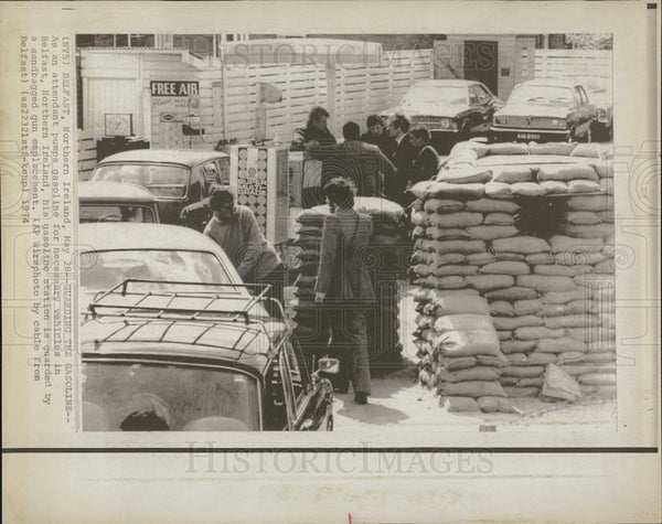 1954 Press Photo Northern  Ireland guarding the gas pumps for necessary vehicles - Historic Images