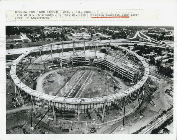 1988 Press Photo Florida Suncoast Dome under construction - Historic Images