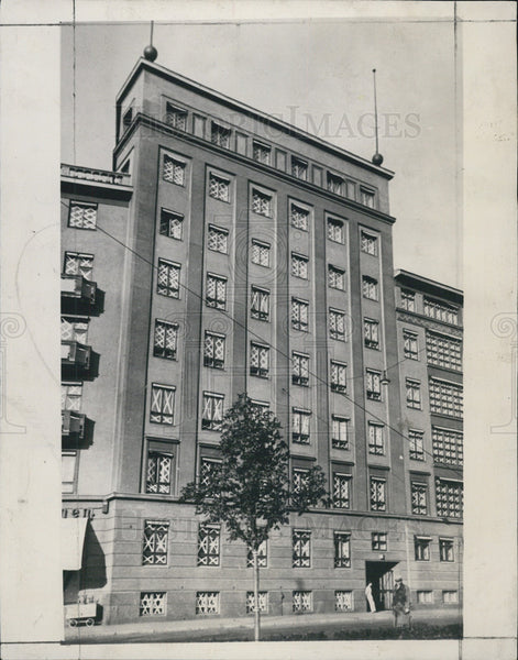 1933 Press Photo of a building in Helsinki, Finland - Historic Images