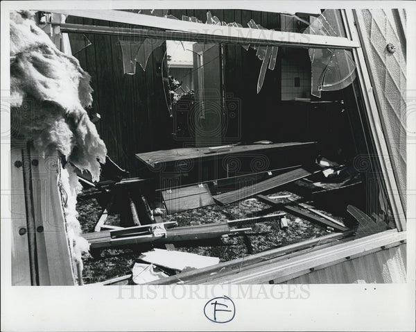 1976 Press Photo Tornado Damage, Pinellas County - Historic Images