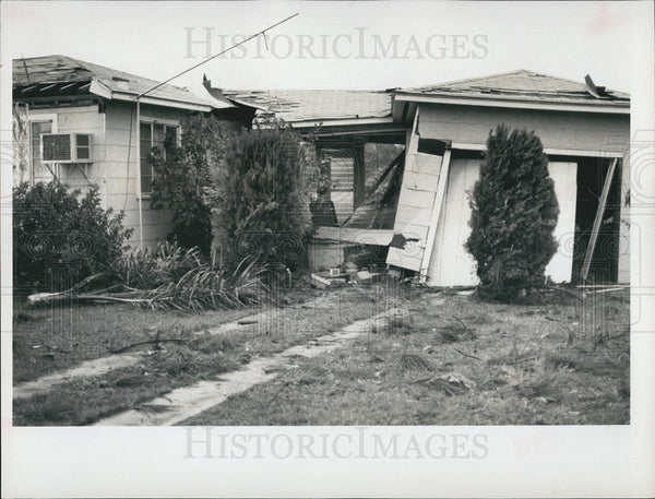1969 Press Photo Tornado Damage, Pinellas County - Historic Images