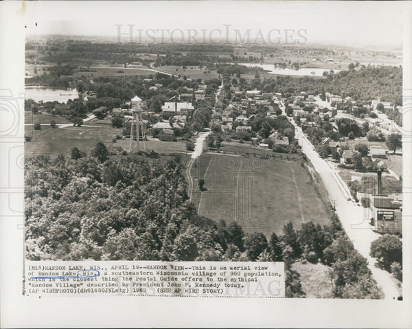 1963 Press Photo Aerial View of Random Lake Wisconsin a Small Village - Historic Images