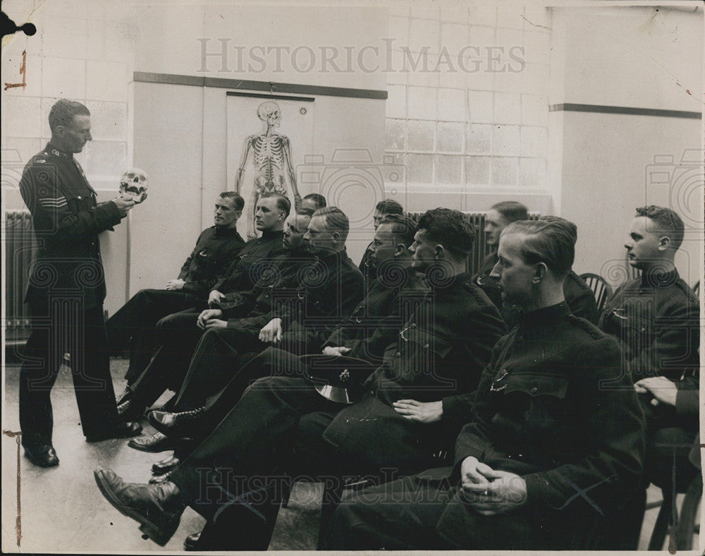 1935 Press Photo Scotland Yard, police college students. - Historic Images