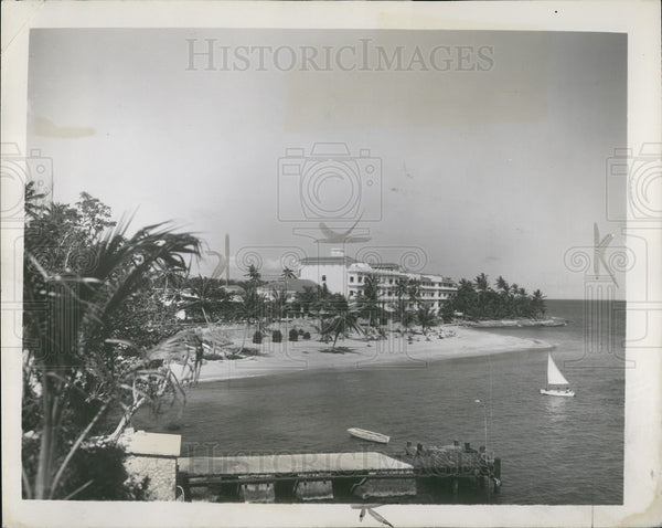 1952 Press Photo of the Tower Isle Hotel in Jamaica - Historic Images