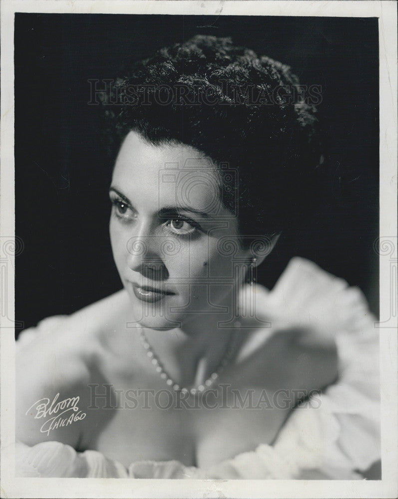 picture Connie Russell