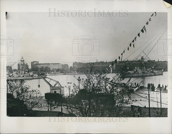 1939 Press Photo Finnish warships guard harbor from Russia - Historic Images