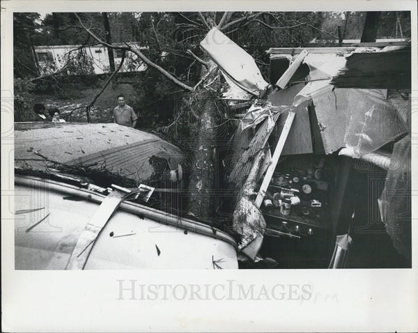 1975 Press Photo Hurricane Aftermath Fort Walton Area - Historic Images