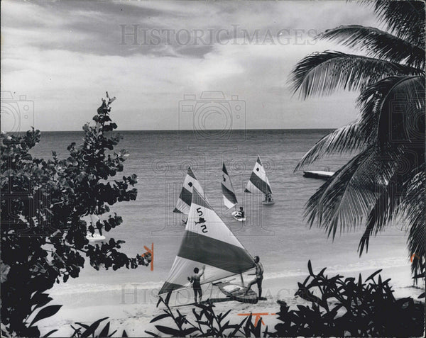 1982 Press Photo Beautiful  Runaway bay in Jamaica - Historic Images