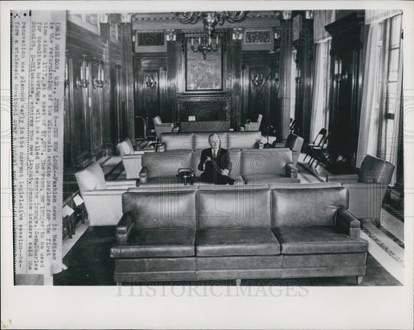 Press Photo Refurnishing Of Wisconsin Senate Parlor 1st Time Since 1917-Schmidt - Historic Images