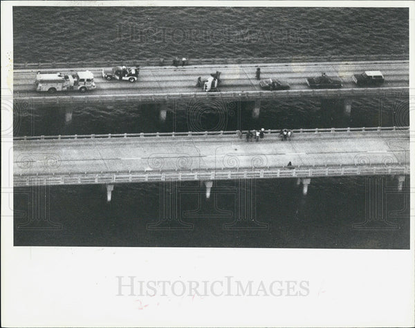 1981 Press Photo Accident at the Skyway bridge - Historic Images