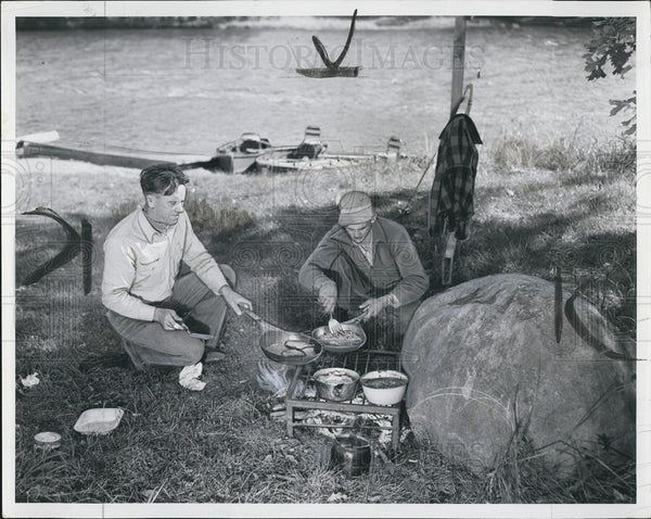 1958 Press Photo Camping, Fishing Wisconsin - Historic Images