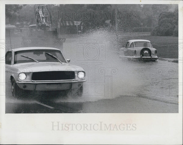 1968 Press Photo Flooded Roads/St. Petersburg Florida - Historic Images