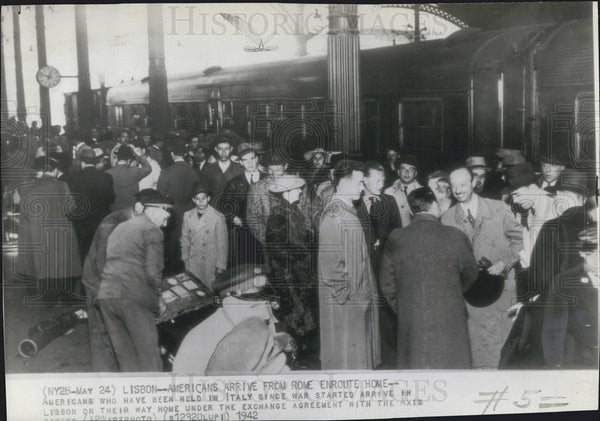 1942 Press Photo Americans held Italy war Lisbon exchange agreement Axis - Historic Images