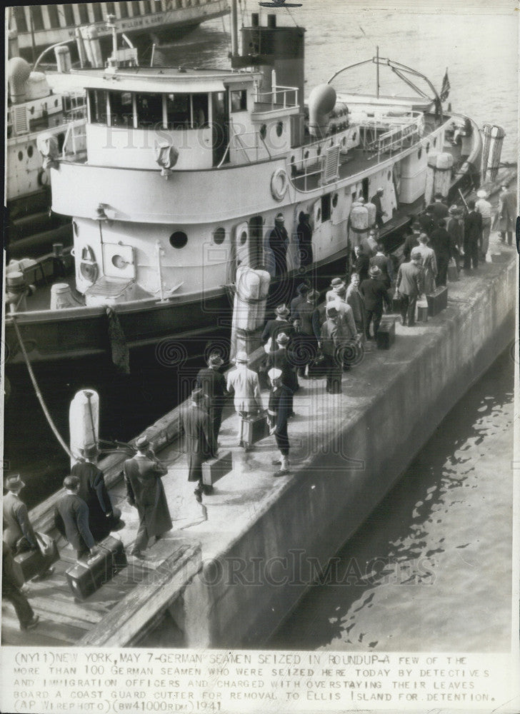 1941 Press Photo German Seamen Captured Attempting To Enter America - Historic Images