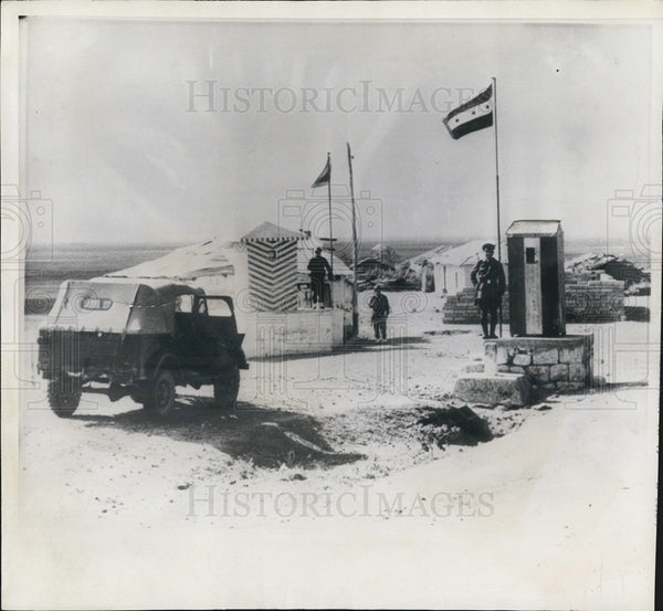 1957 Press Photo Turkey, Syria Border Guards - Historic Images