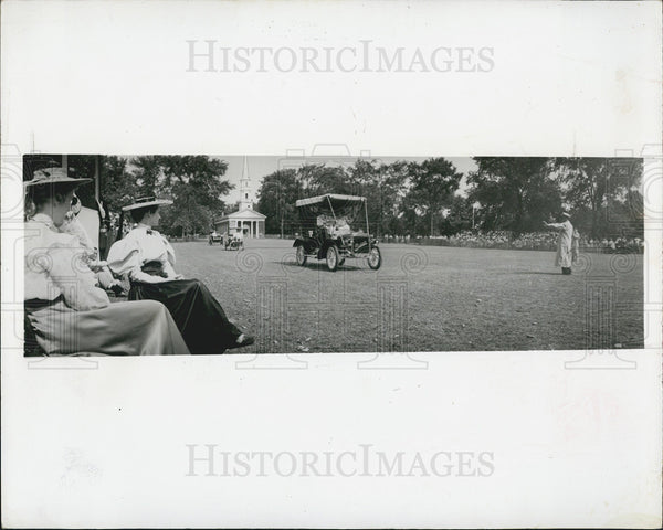 Press Photo Michigan Village - Historic Images