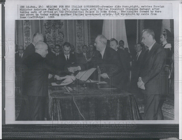 1966 Press Photo of Welcome for  New Italian Government. Pres. Giusppe Saragat. - Historic Images
