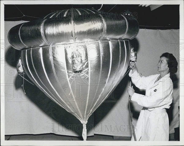1965 Press Photo Goodyear Aerospace Corporation Technician Inflates Ballute - Historic Images