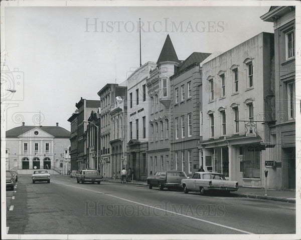 1973 Press Photo Historic building Charleston SC Broad Street - Historic Images