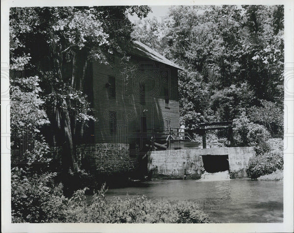 1964 Press Photo Rustic Water Mill in Missouri - Historic Images