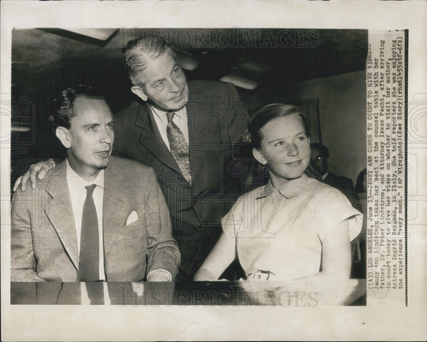 Press Photo Jerry Ann Lindstorm Daughter of Ingrid Bergman with Fatherand Lawyer - Historic Images
