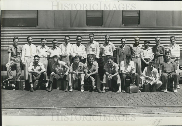 1941 Press Photo St Petersburg Men Drafted Into Military - Historic Images