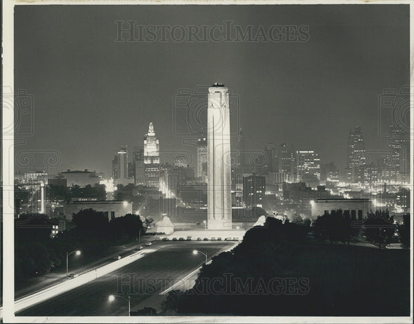 1978 Press Photo Kansas City Skyline Night View/Liberty Memorial World War I - Historic Images
