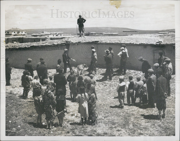 1953 Press Photo The town crier of the village of Yuzgat,Turkey,BCG vaccination - Historic Images