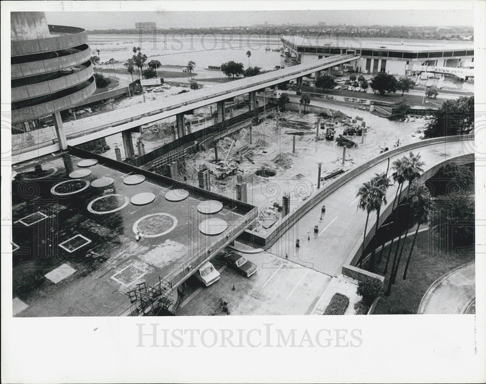 1986 Press Photo of construction work at Tampa International Airport - Historic Images