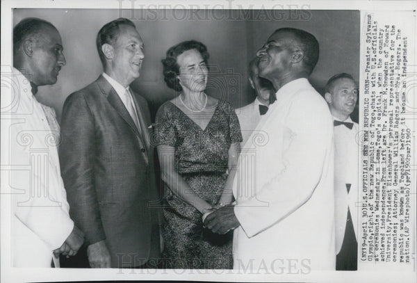 1960 Press Photo Premier Sylvanus Olympio Republic Togo U.S. ceremonies Lome - Historic Images