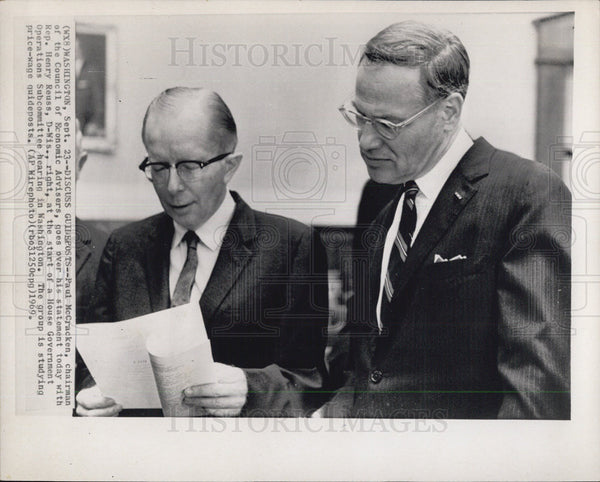 1969 Press Photo P. McCracken, Henry Reuss House Government Ops Subcommittee - Historic Images