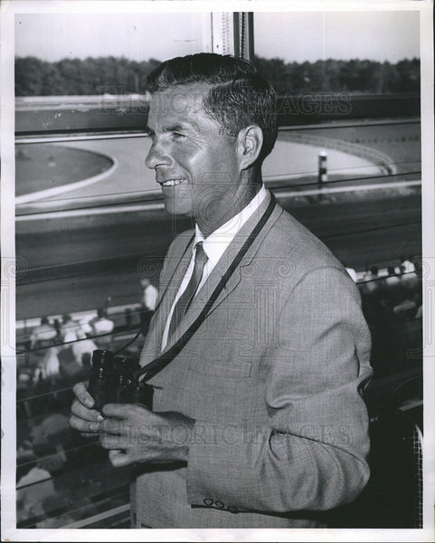 1960 Press Photo Gov Wesley Powell t Race Tracks In Rockingham New Hampshire - Historic Images