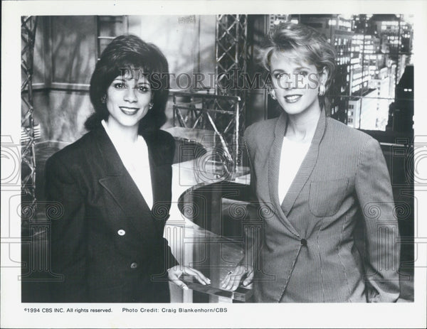 1994 Press Photo Dana King Deborah Norville America Tonight - Historic Images