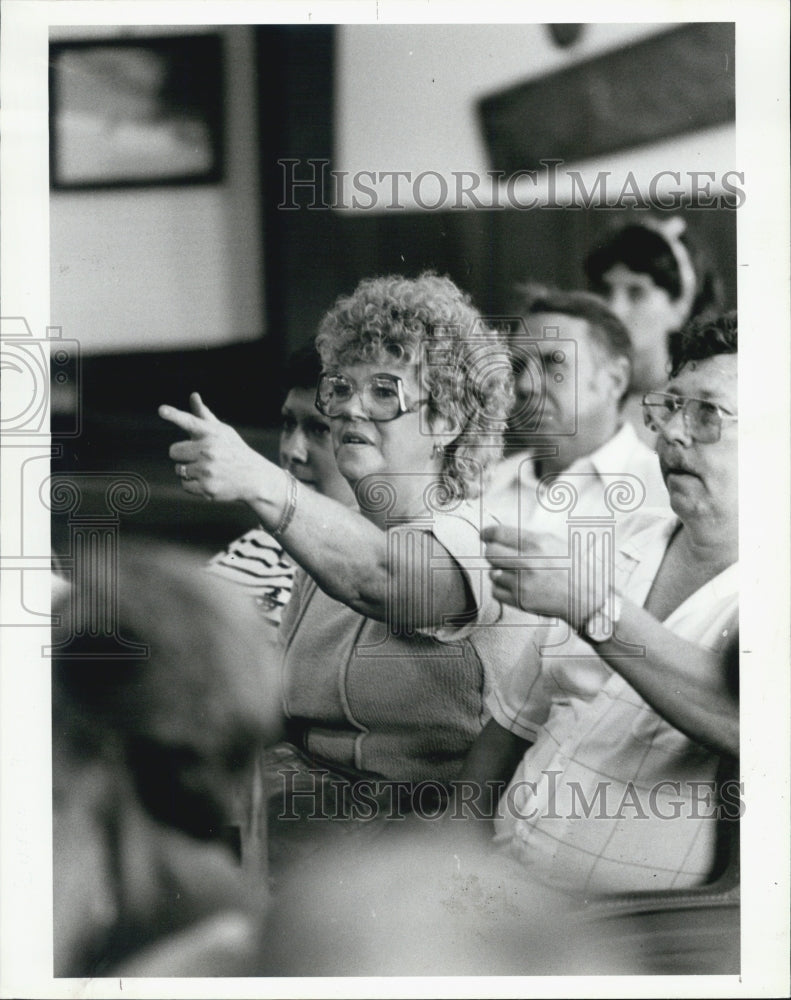 1985 Press Photo auction season arrived Plunkett Brothers' Auction House - Historic Images