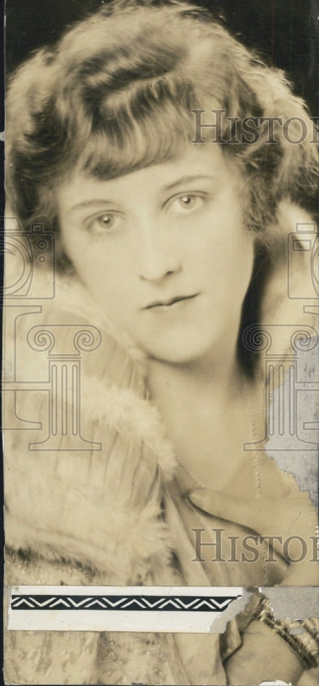 1924 Mrs. Alister McCormick - Historic Images