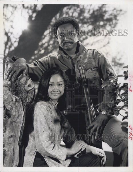 "Press Photo Tina Chen, Ivan Dixon in ""The Final War of Olly Winter"" - Historic Images"