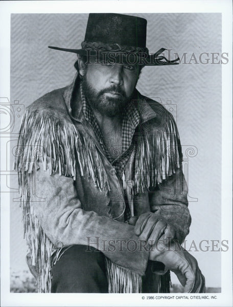 1986 Press Photo Lee Majors, A Smoky Mountain Christmas - Historic Images