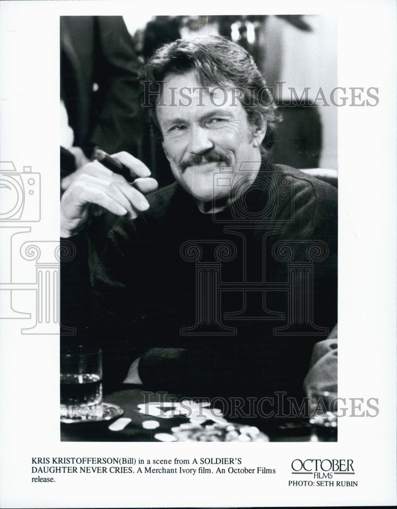 "1998 Press Photo Kris Kristofferson in ""A Soldier's Daughter Never Cries"" - Historic Images"