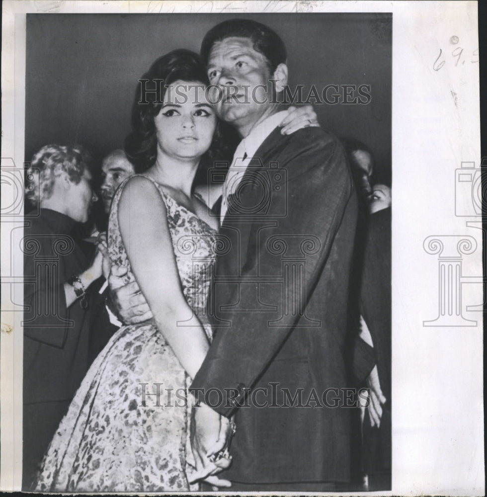 1960 Press Photo Anthony Steel and Evi Morandi Dance in a Rome Night Club - Historic Images