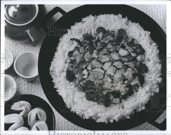 Press Photo Turkey Vegetables And Rice Oriental Dish National Turkey Federation - Historic Images