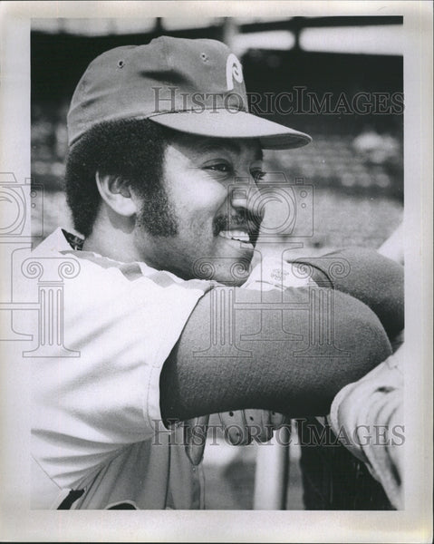 1974 Press Photo Ollie Brown Philadelphia Phillies - Historic Images