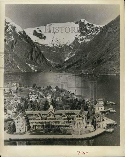 1964 Press Photo Balestrand Resort in Norway - Historic Images