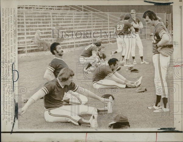 1975 Press Photo A's Practice - Historic Images