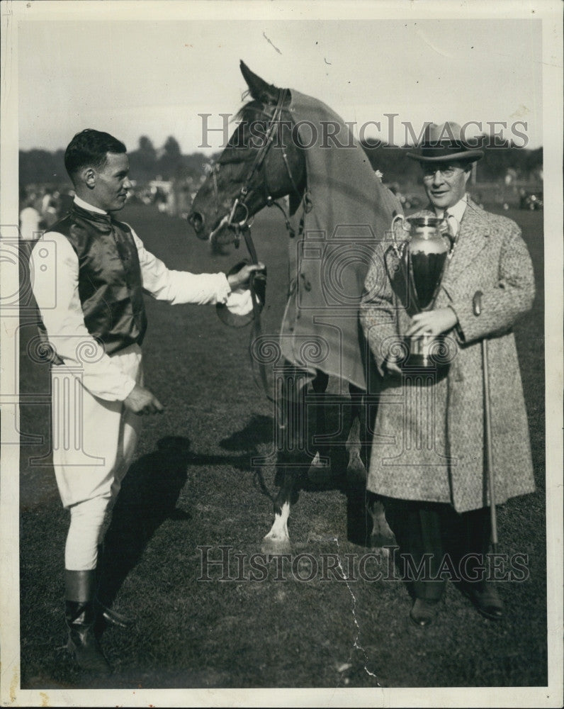 1928 Press Photo Lex Williams Amateur Horse Jockey - Historic Images
